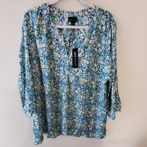 New Jones floral v-neck shirt plus size 2x